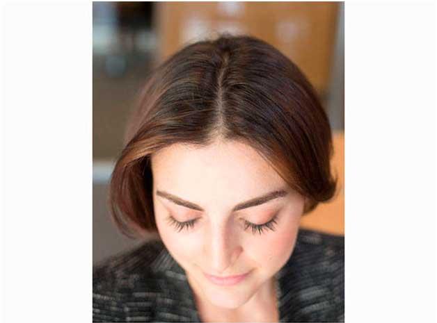 Как-скрыть-отросшие-корни-волос