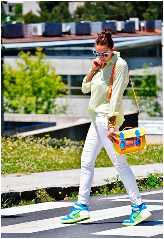 Обувь-для-активных-людей-–-сникерсы.-С-чем-носить